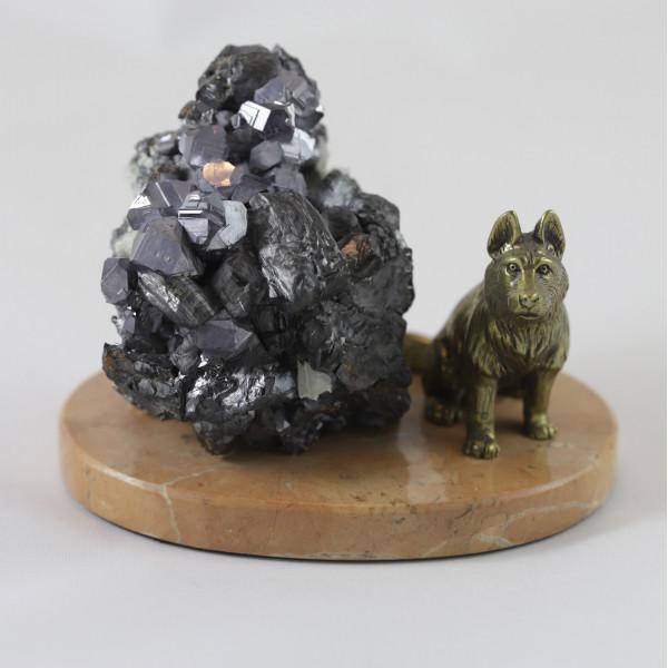 Волк, сфалерит, кварц. мрамор