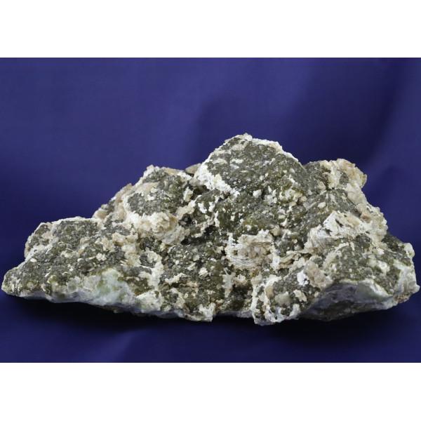 Гранат, кварц, кальцит